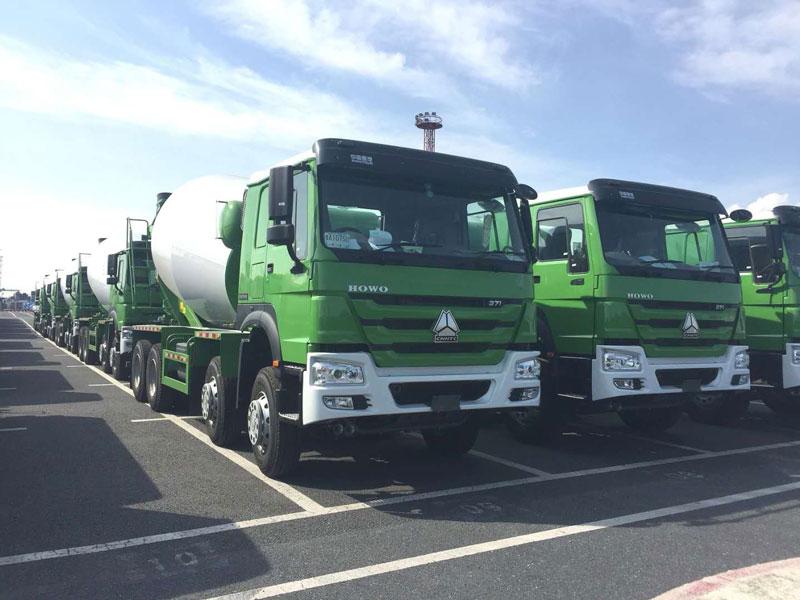 To Peru-30 Units SINOTRUK 12cbm Concrete Mixer Truck