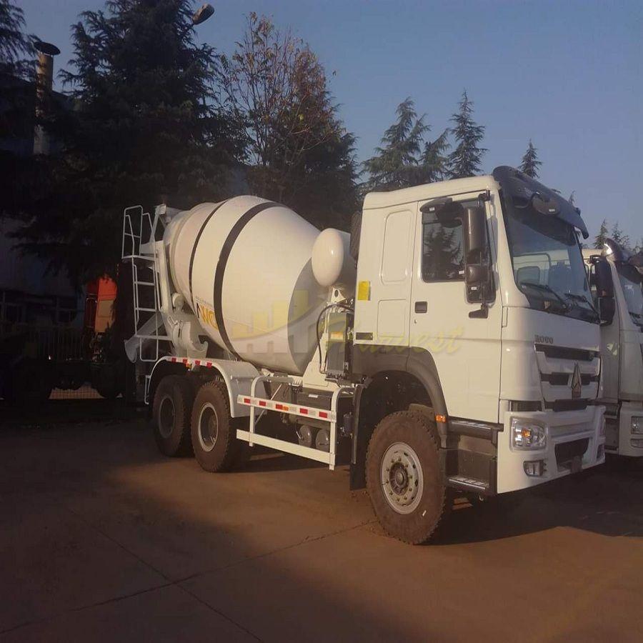 Sinotruk Howo 9m3 Concrete Mixer Truck Price