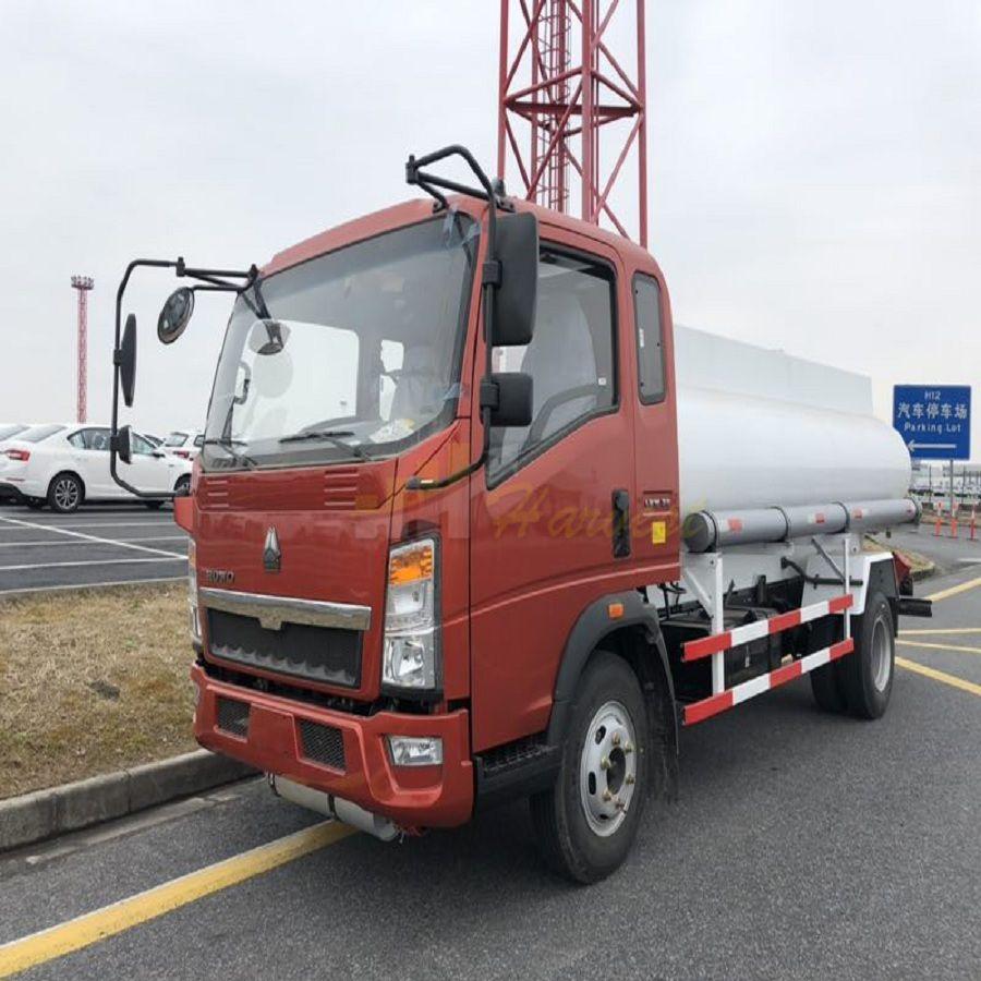 HOWO 10,000 liters Fuel Tank Truck