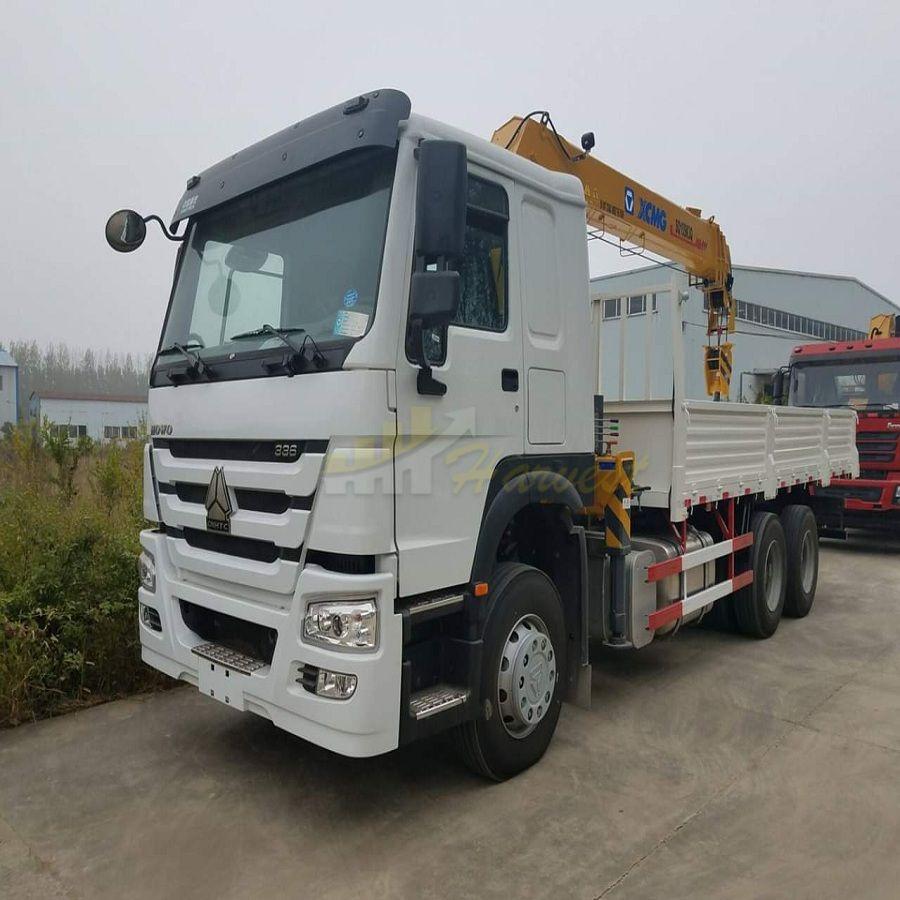 XCMG 10 Ton Truck Mounted Crane with Telescoping Boom