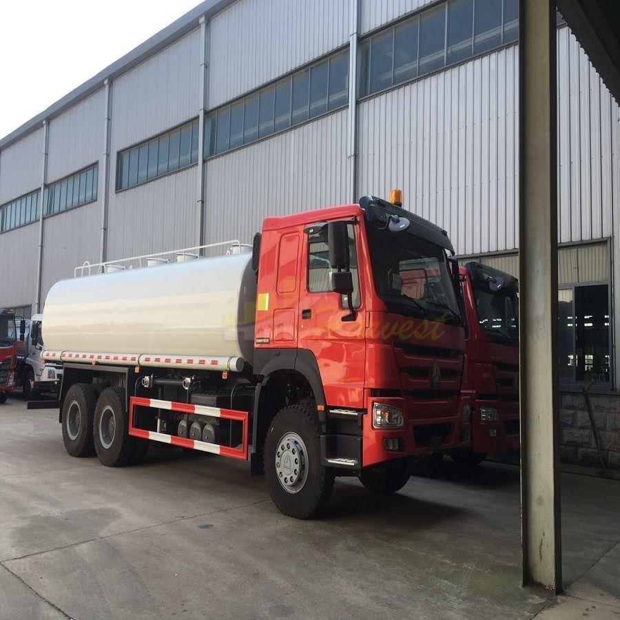 HOWO 5000 Gallon Water Tanker Truck