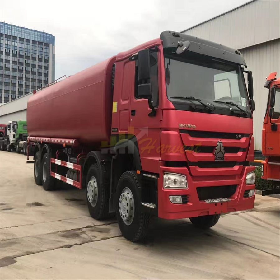 8X4 30m3 Sinotruk HOWO Tank Truck for Fuel Transportation