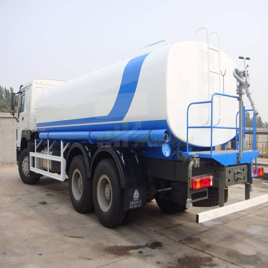 China HOWO 6X4 20cbm Water Bowser for Road Spinkler