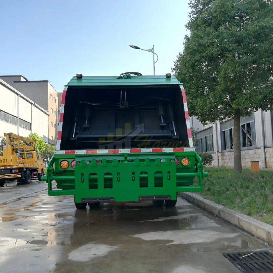 Sinotruk HOWO Special Truck 6 Wheel 8cbm Compactor Garbage Truck