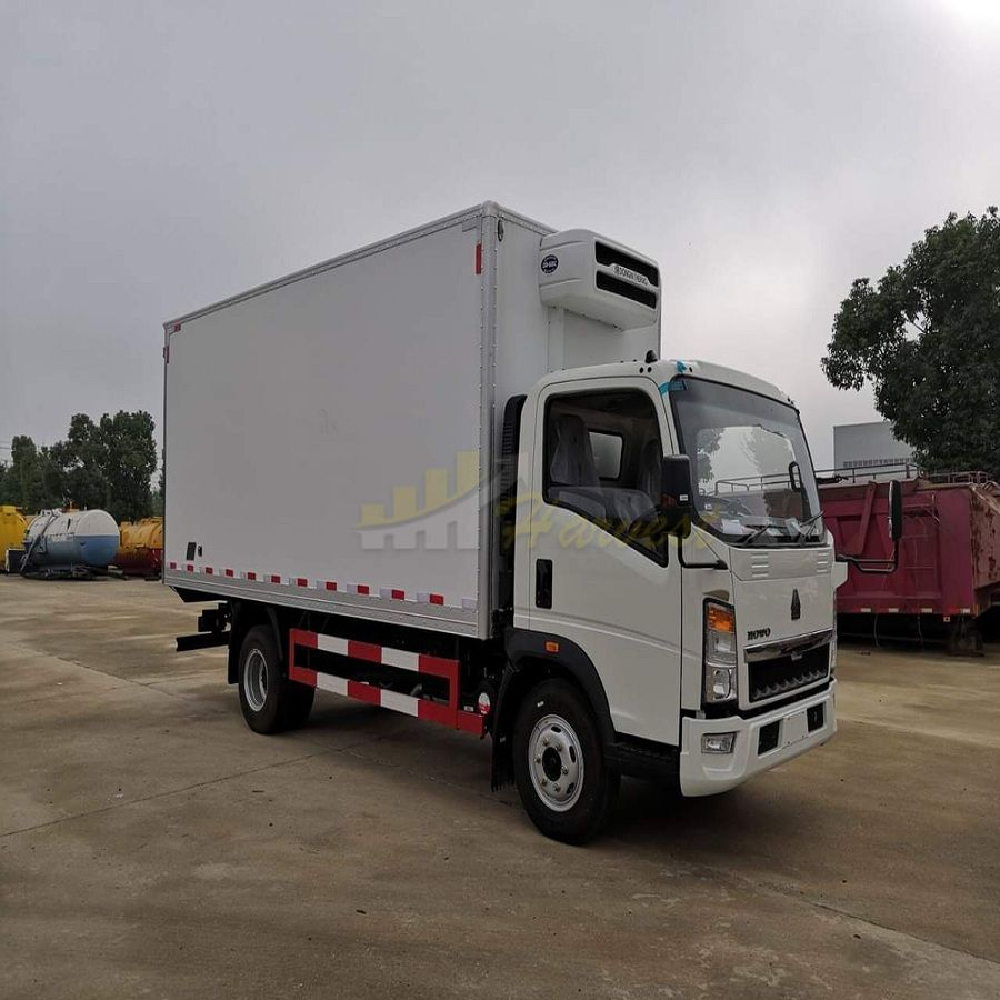SINOTRUK Howo 4X2 Refrigerator Truck (4 ton) with Thermal King Cooling System