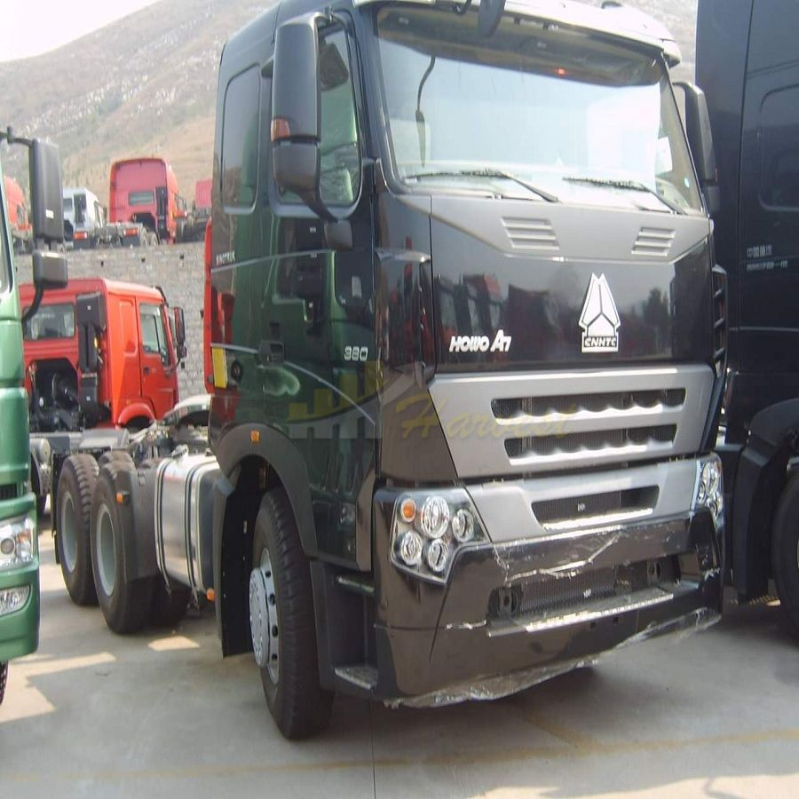 Sinotruk A7 10 Wheelers 380hp Tractor Head Euro4 Emission