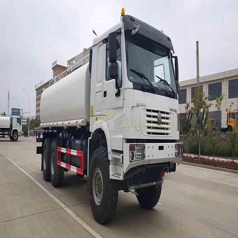 Sinotruk 6x6 18000 Liters Water Transportation Truck