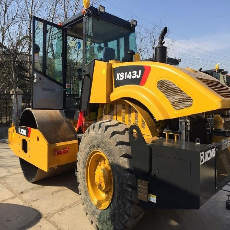 XCMG 14 ton XS143J Single Drum Road Roller Vibratory Compactor
