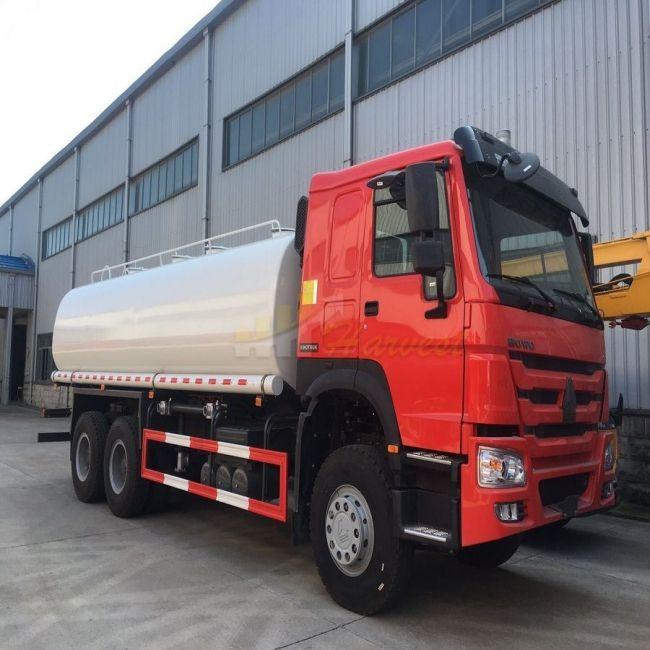 Sprinkler Water Tank Truck